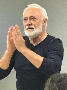 Poetul Adrian Munteanu